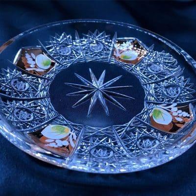 Krištálový brúsený tanier ručná maľba 14 cm