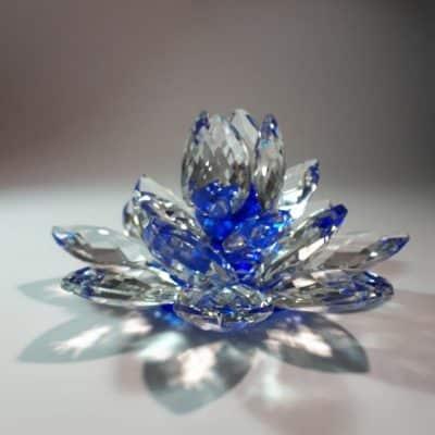 Krištálový brúsený lotosový kvet modrý 15 cm