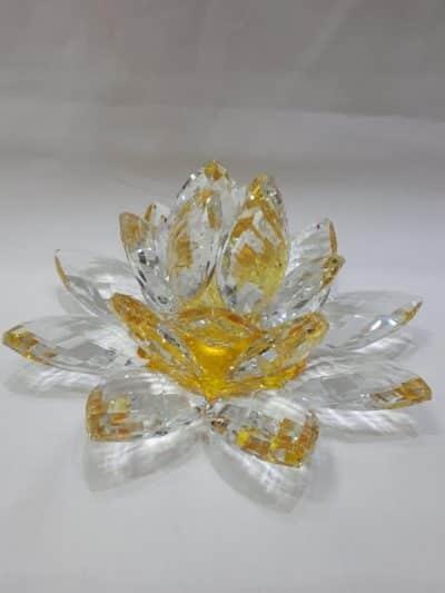 Krištálový brúsený lotosový kvet žltý 20 cm